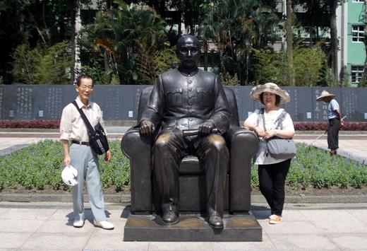 150705.taiwan602.bronz.jpg